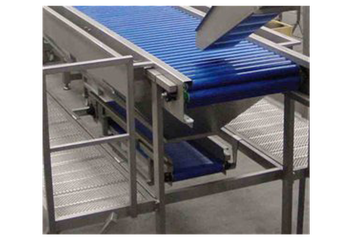 Trimming Table Close Up.png